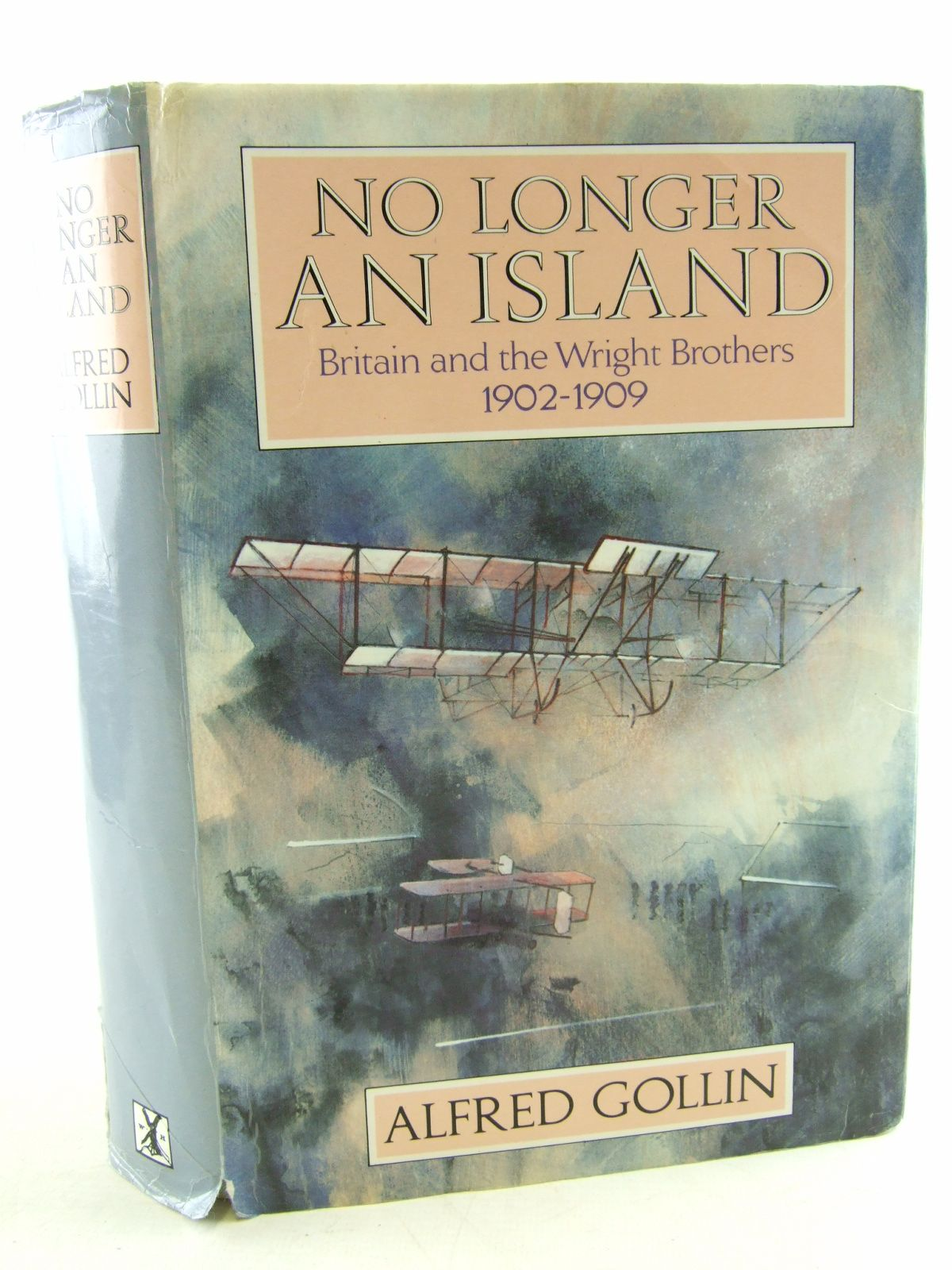Photo of NO LONGER AN ISLAND written by Gollin, Alfred published by Heinemann (STOCK CODE: 2108896)  for sale by Stella & Rose's Books