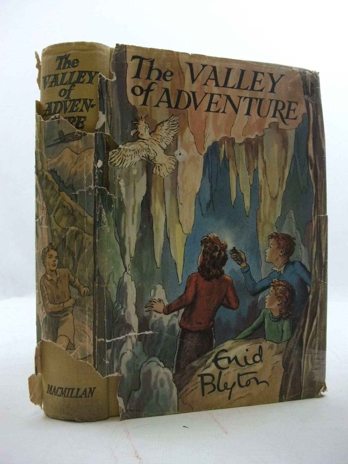Photo of THE VALLEY OF ADVENTURE written by Blyton, Enid illustrated by Tresilian, Stuart published by Macmillan & Co. Ltd. (STOCK CODE: 2110018)  for sale by Stella & Rose's Books