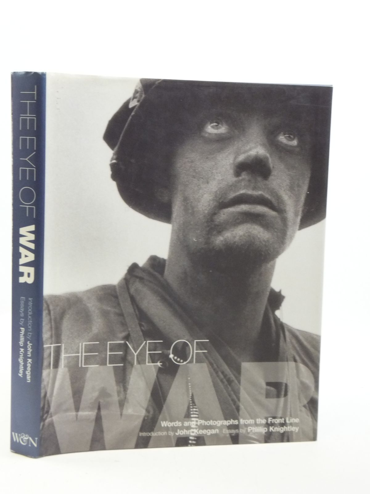 Photo of THE EYE OF WAR written by Knightley, Phillip<br />Keegan, John illustrated by Jackson, Sarah<br />Merullo, Annabel published by Weidenfeld and Nicolson (STOCK CODE: 2111011)  for sale by Stella & Rose's Books