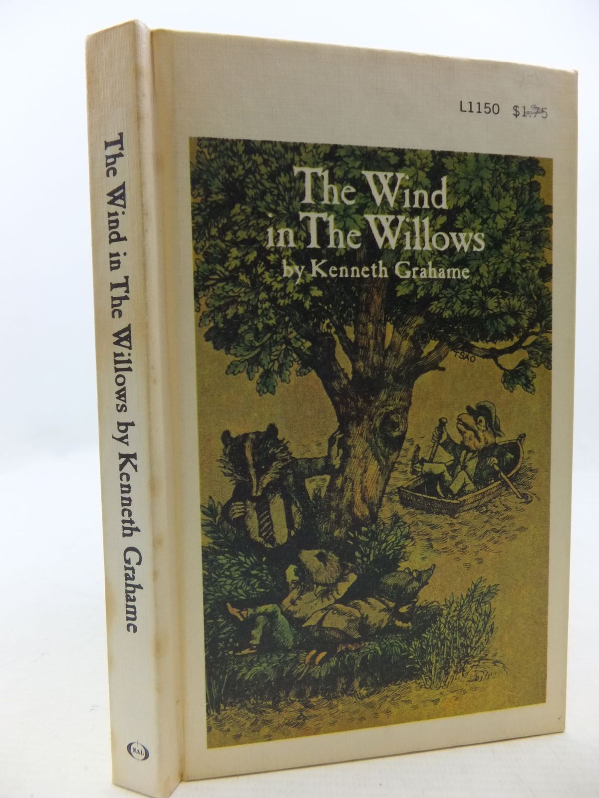 Photo of THE WIND IN THE WILLOWS written by Grahame, Kenneth<br />Ellmann, Mary illustrated by Tsao, Alex published by The New American Library (STOCK CODE: 2112565)  for sale by Stella & Rose's Books