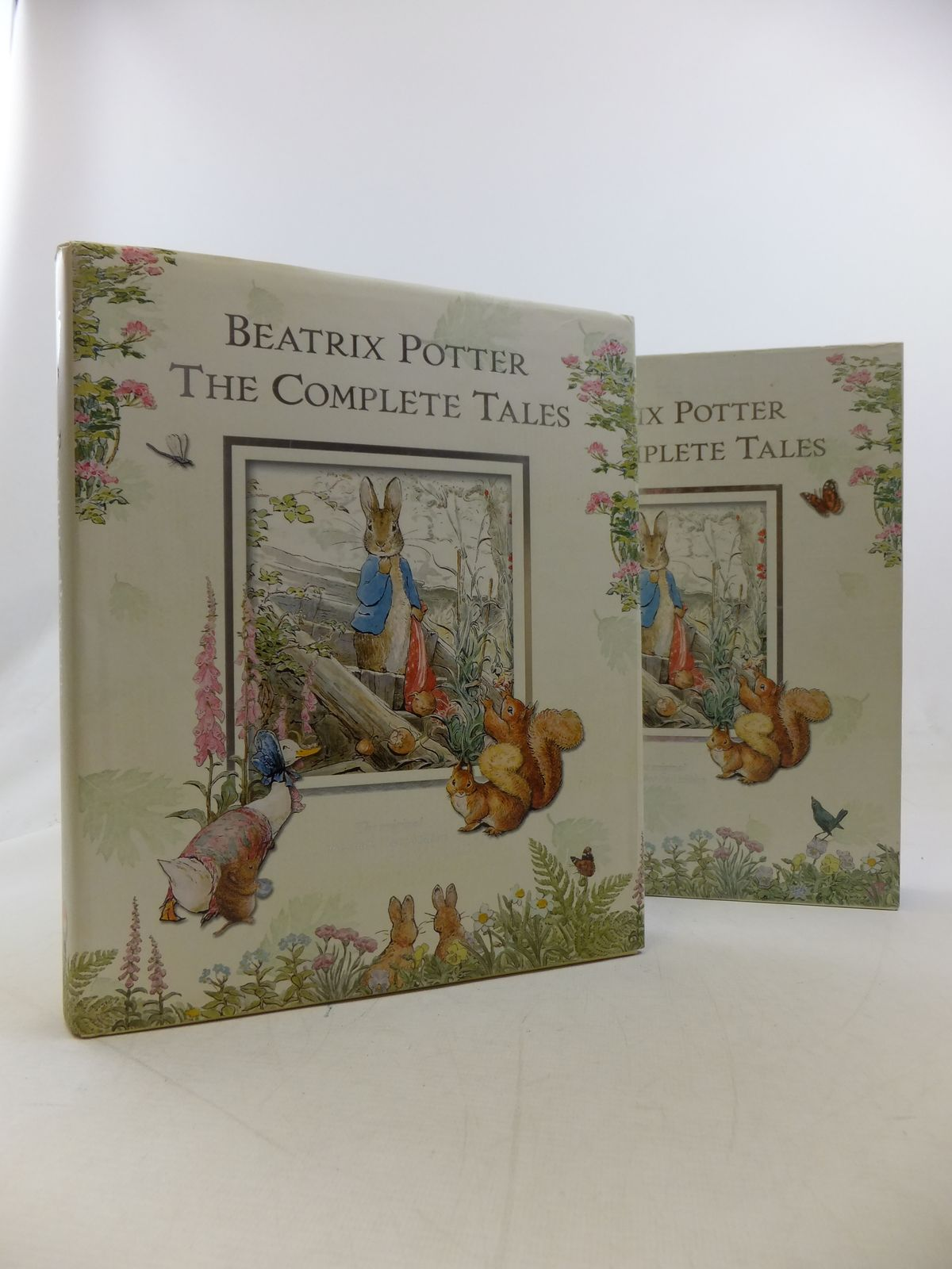 Photo of BEATRIX POTTER THE COMPLETE TALES written by Potter, Beatrix illustrated by Potter, Beatrix published by Frederick Warne (STOCK CODE: 2114022)  for sale by Stella & Rose's Books