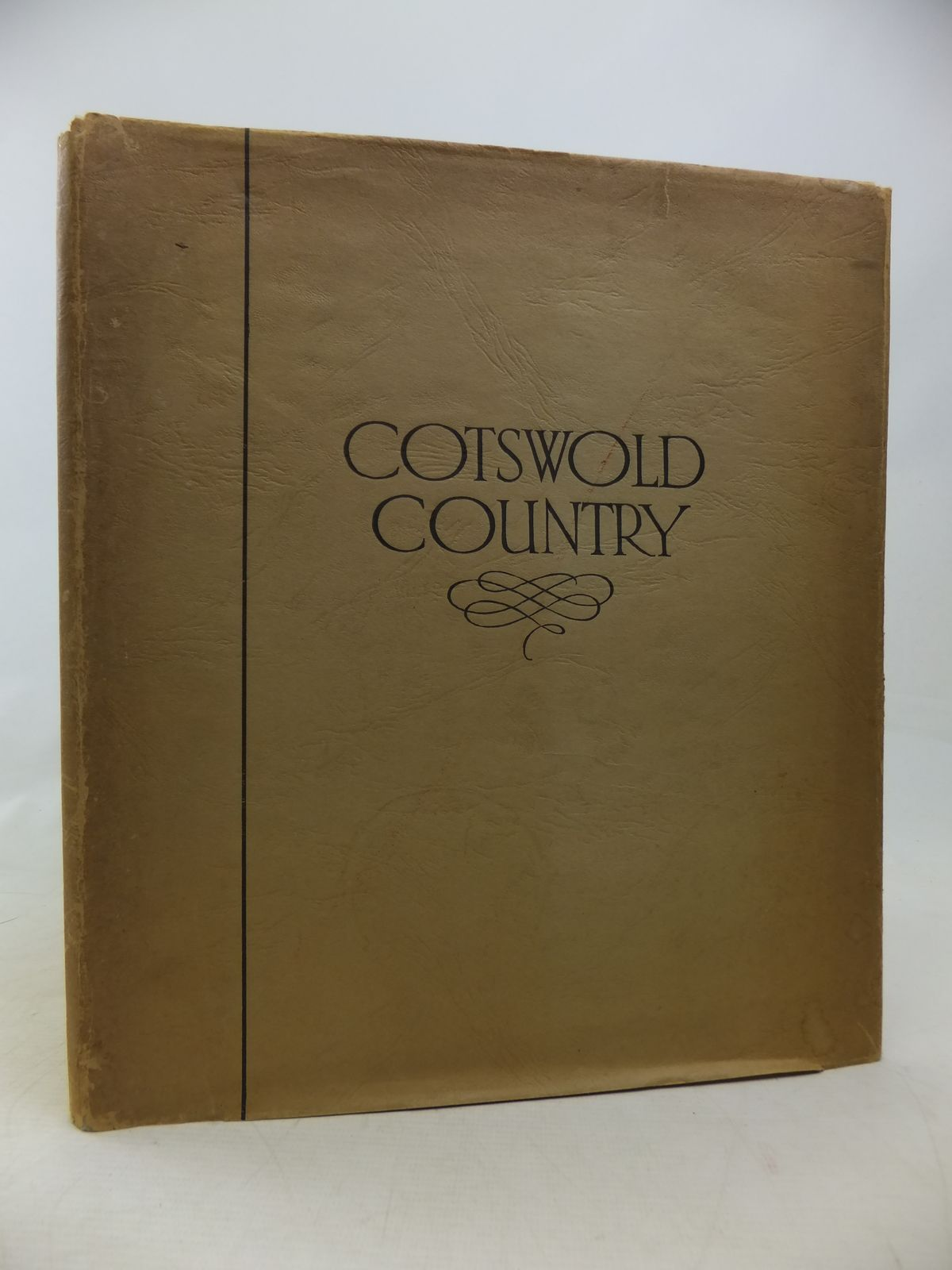 Photo of COTSWOLD COUNTRY written by Colyer, S.W. published by Ward Lock & Co Ltd. (STOCK CODE: 2115297)  for sale by Stella & Rose's Books