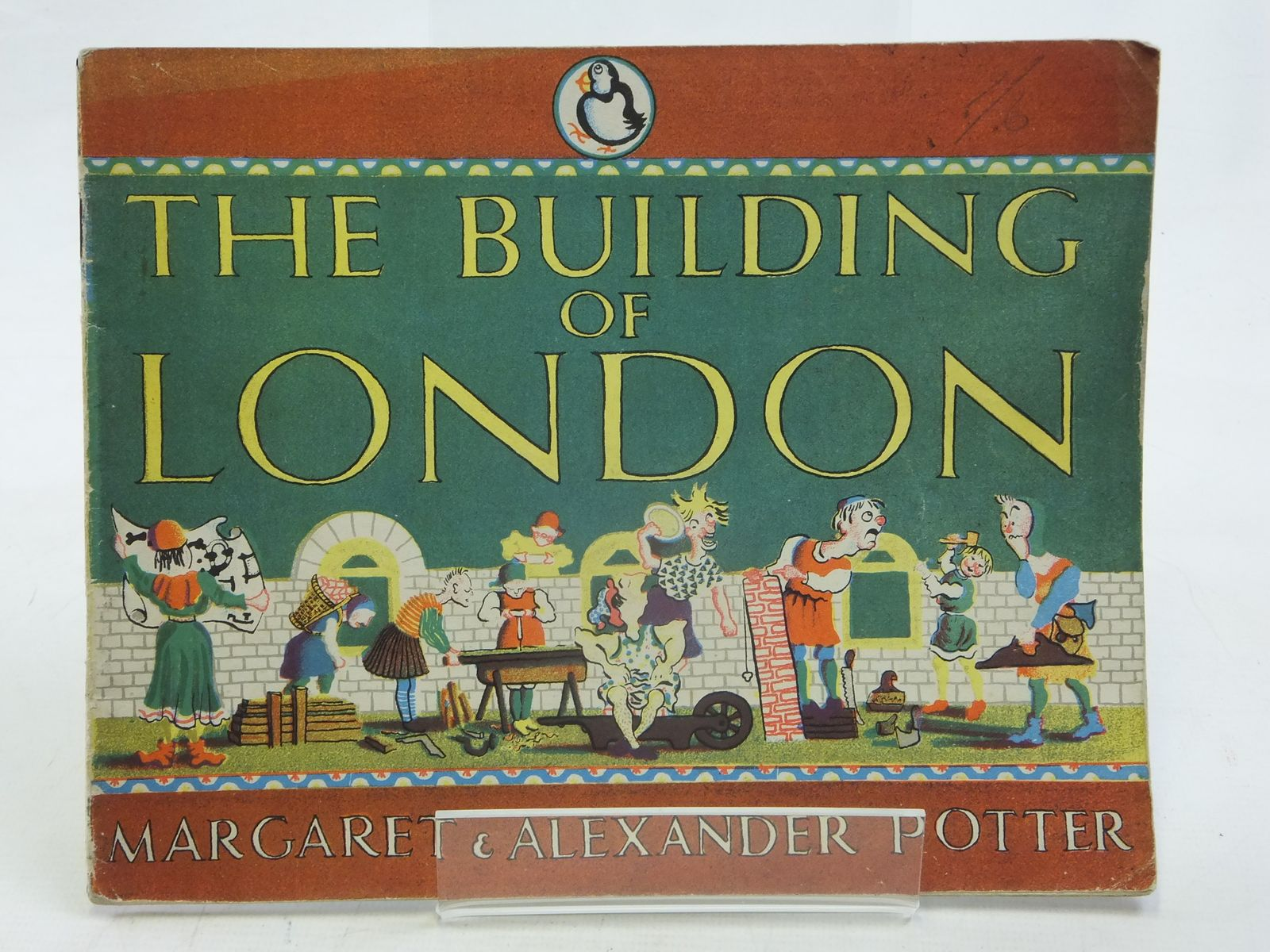 Photo of THE BUILDING OF LONDON