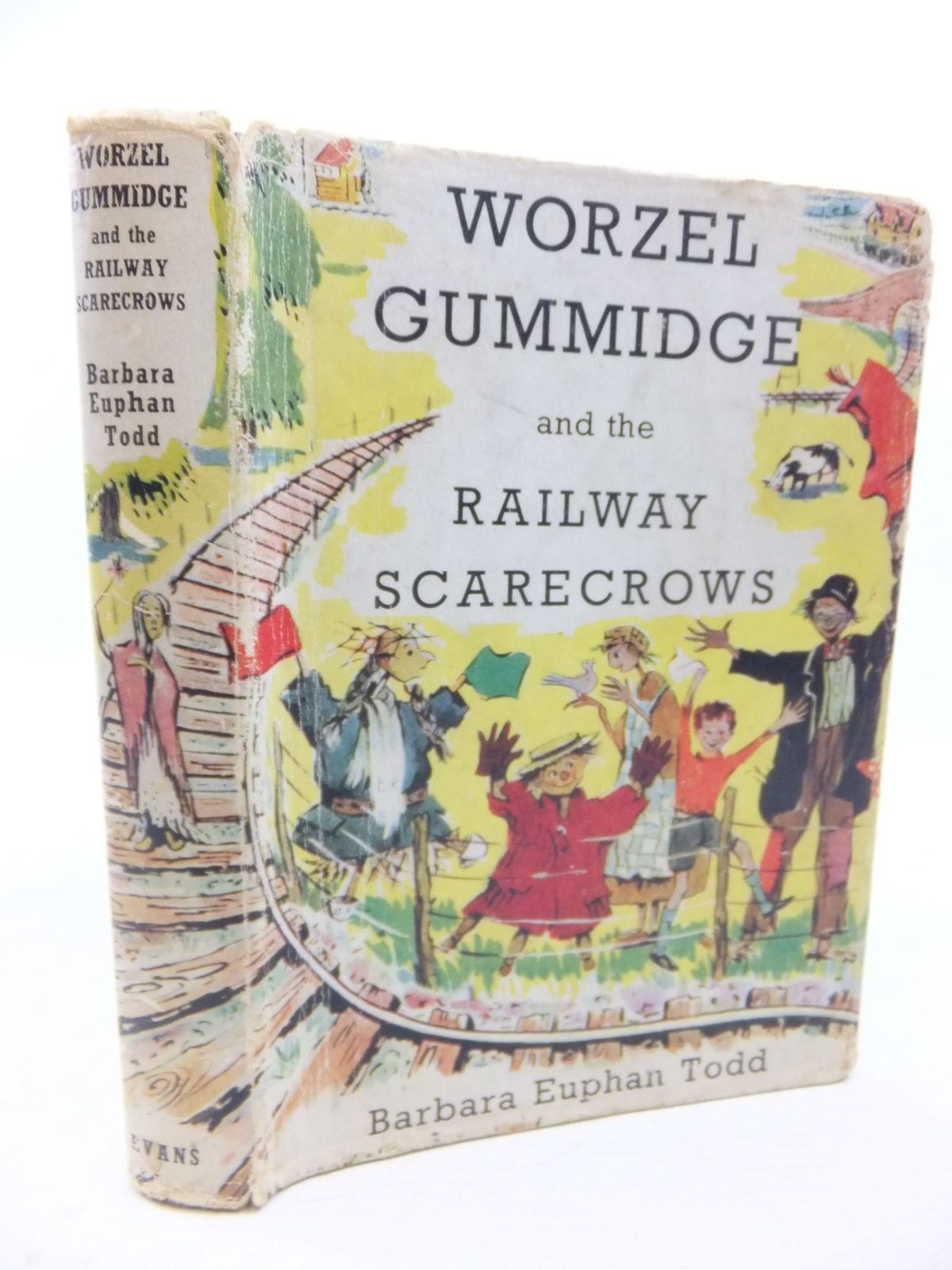 Photo of WORZEL GUMMIDGE AND THE RAILWAY SCARECROWS written by Todd, Barbara Euphan illustrated by Crockford, Jill published by Evans Brothers Limited (STOCK CODE: 2116388)  for sale by Stella & Rose's Books