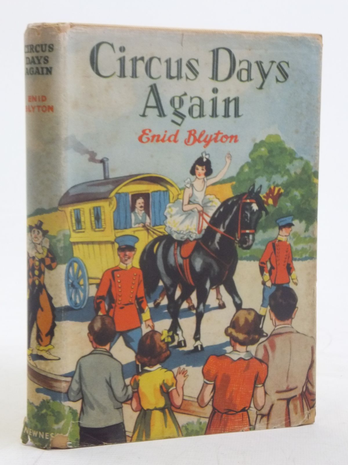 Photo of CIRCUS DAYS AGAIN written by Blyton, Enid illustrated by Davie, E.H. published by George Newnes Ltd. (STOCK CODE: 2116872)  for sale by Stella & Rose's Books