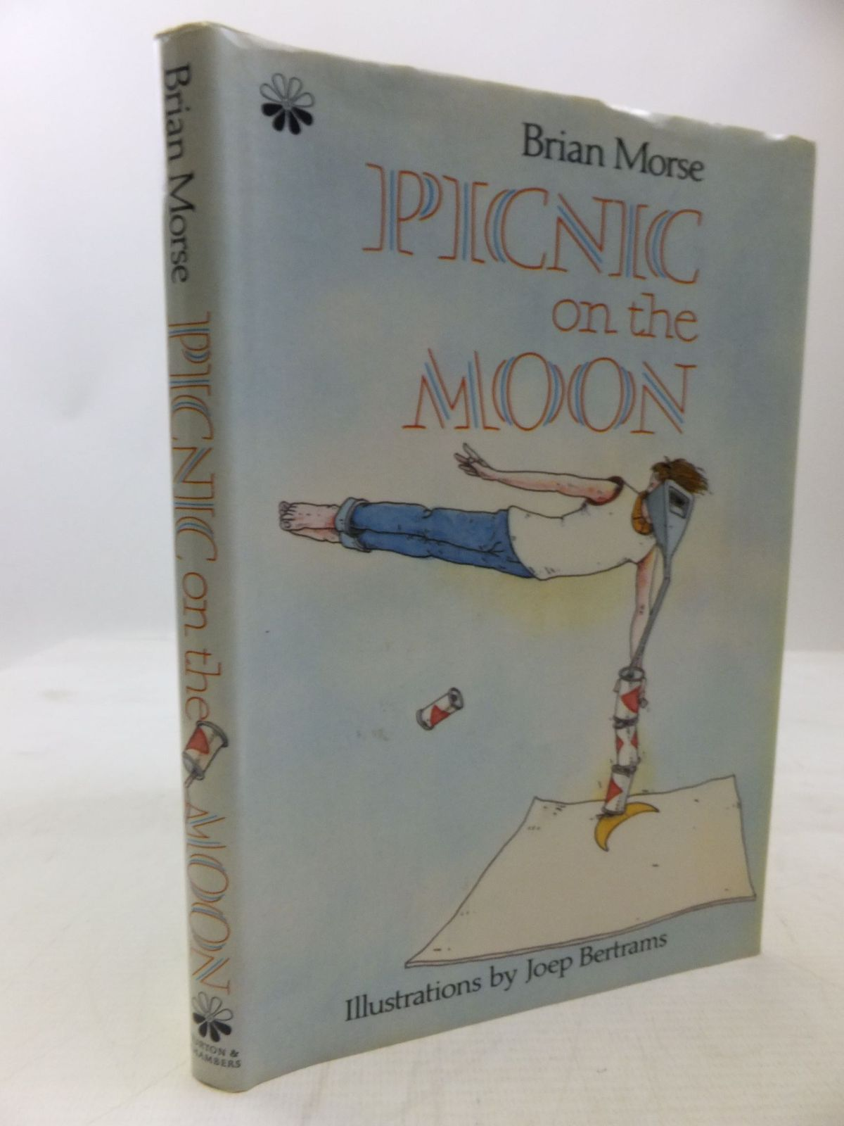 Photo of PICNIC ON THE MOON written by Morse, Brian illustrated by Bertrams, Joep published by Turton & Chambers (STOCK CODE: 2118461)  for sale by Stella & Rose's Books