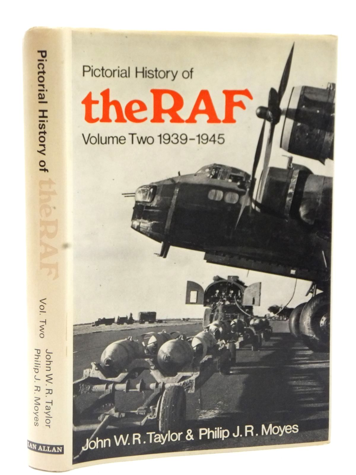 Photo of PICTORIAL HISTORY OF THE RAF VOLUME TWO 1939-1945- Stock Number: 2122615