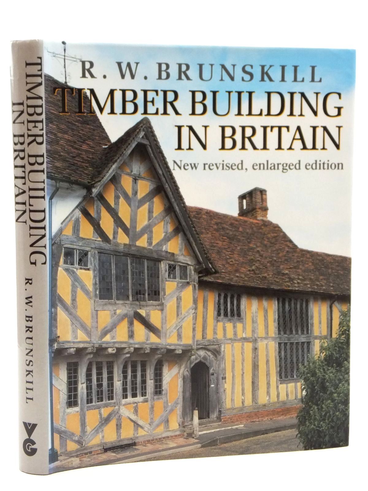 Photo of TIMBER BUILDING IN BRITAIN written by Brunskill, R.W. published by Victor Gollancz, Peter Crawley (STOCK CODE: 2122828)  for sale by Stella & Rose's Books