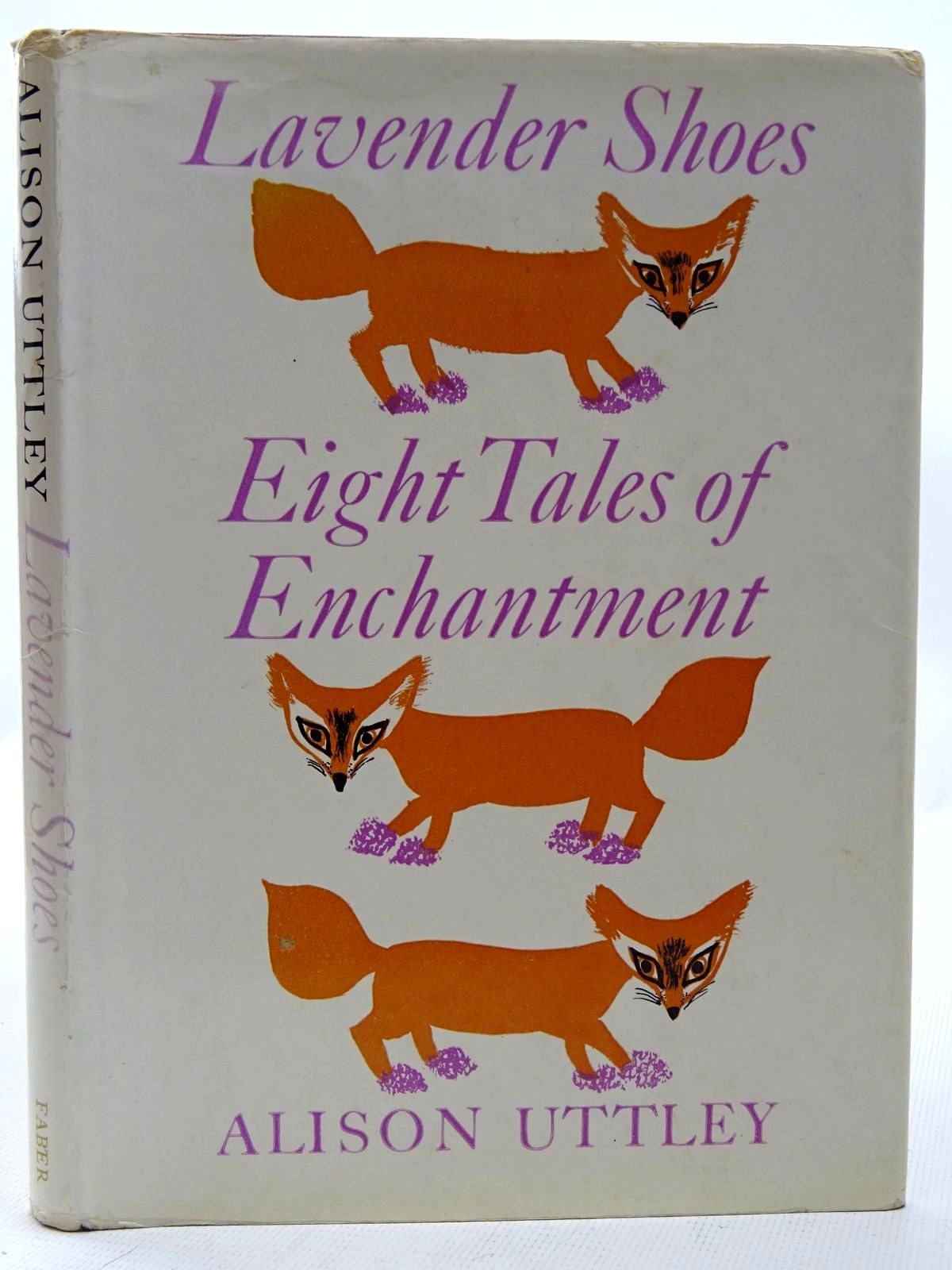 Photo of LAVENDER SHOES EIGHT TALES OF ENCHANTMENT written by Uttley, Alison illustrated by Ede, Janina published by Faber & Faber (STOCK CODE: 2126282)  for sale by Stella & Rose's Books