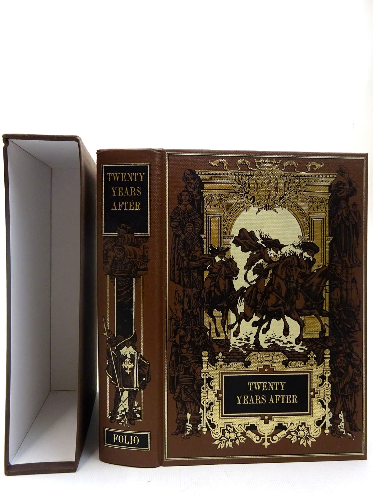 Photo of TWENTY YEARS AFTER written by Dumas, Alexandre illustrated by Pisarev, Roman published by Folio Society (STOCK CODE: 2127155)  for sale by Stella & Rose's Books