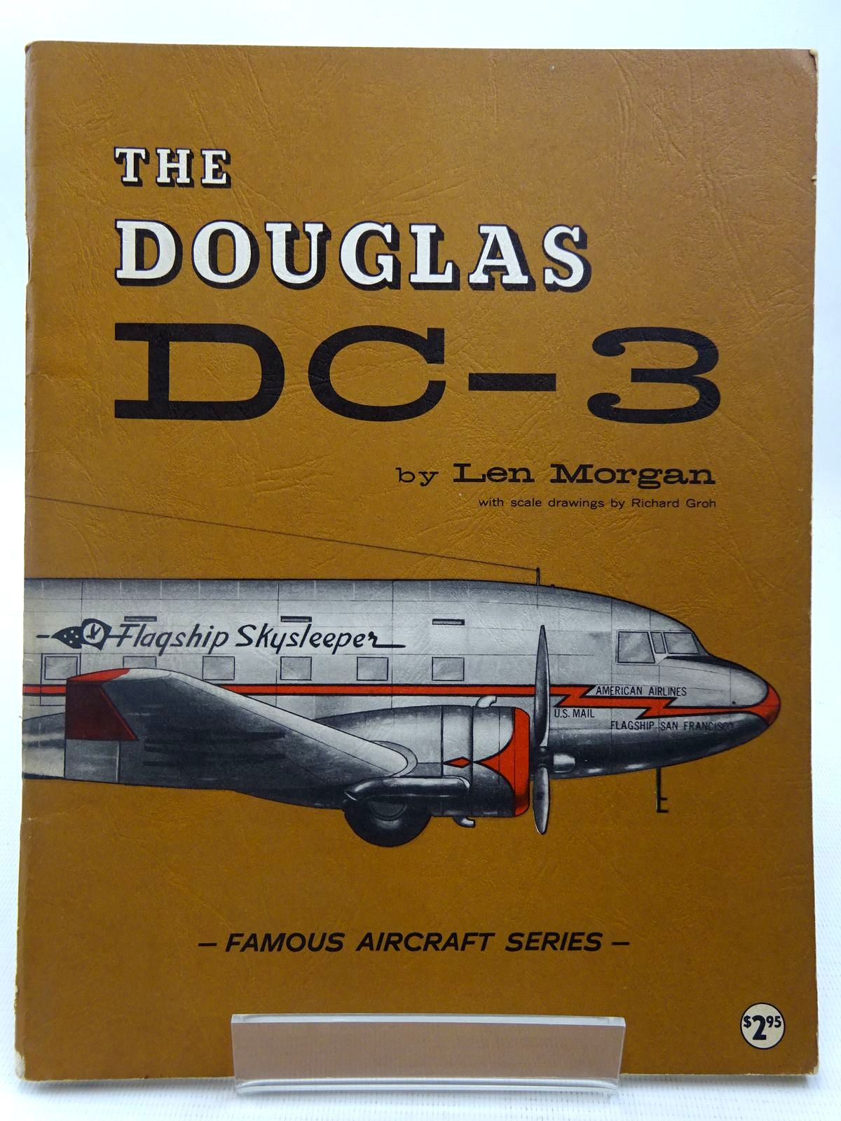 Photo of THE DOUGLAS DC-3 written by Morgan, Len illustrated by Groh, Richard published by Arco Publishing (STOCK CODE: 2127802)  for sale by Stella & Rose's Books