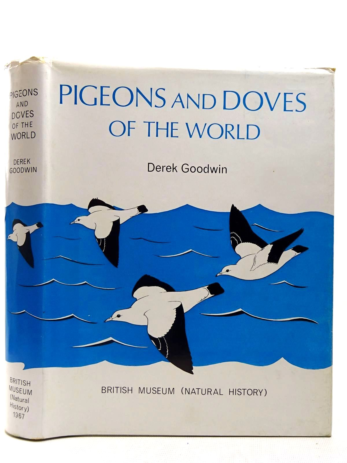 Photo of PIGEONS AND DOVES OF THE WORLD written by Goodwin, Derek illustrated by Gillmor, Robert published by British Museum (STOCK CODE: 2127819)  for sale by Stella & Rose's Books