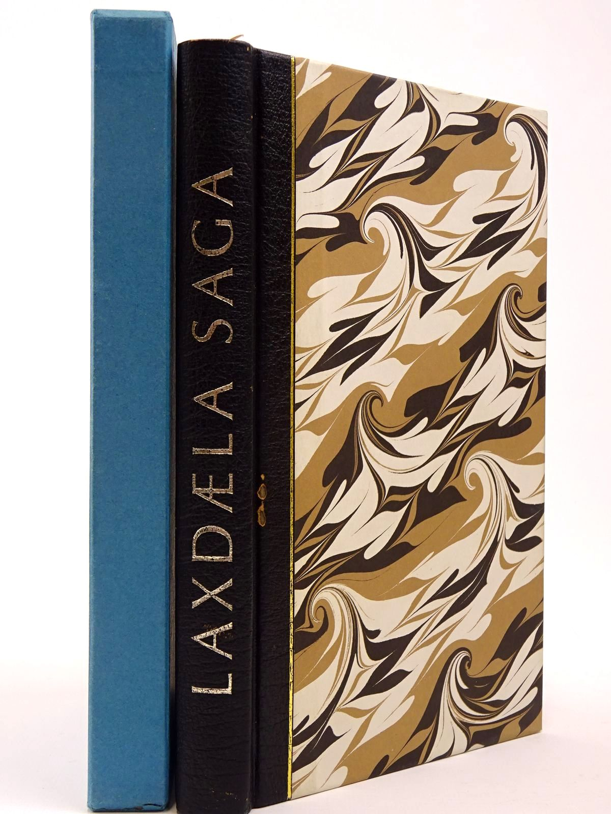 Photo of LAXDAELA SAGA written by Magnusson, Magnus<br />Palsson, Hermann illustrated by Pendrey, Peter published by Folio Society (STOCK CODE: 2129819)  for sale by Stella & Rose's Books