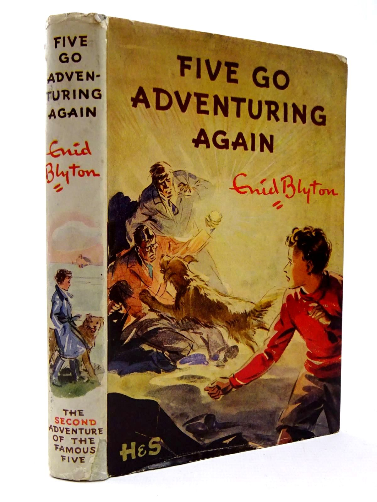 Photo of FIVE GO ADVENTURING AGAIN written by Blyton, Enid illustrated by Soper, Eileen published by Hodder & Stoughton (STOCK CODE: 2130283)  for sale by Stella & Rose's Books