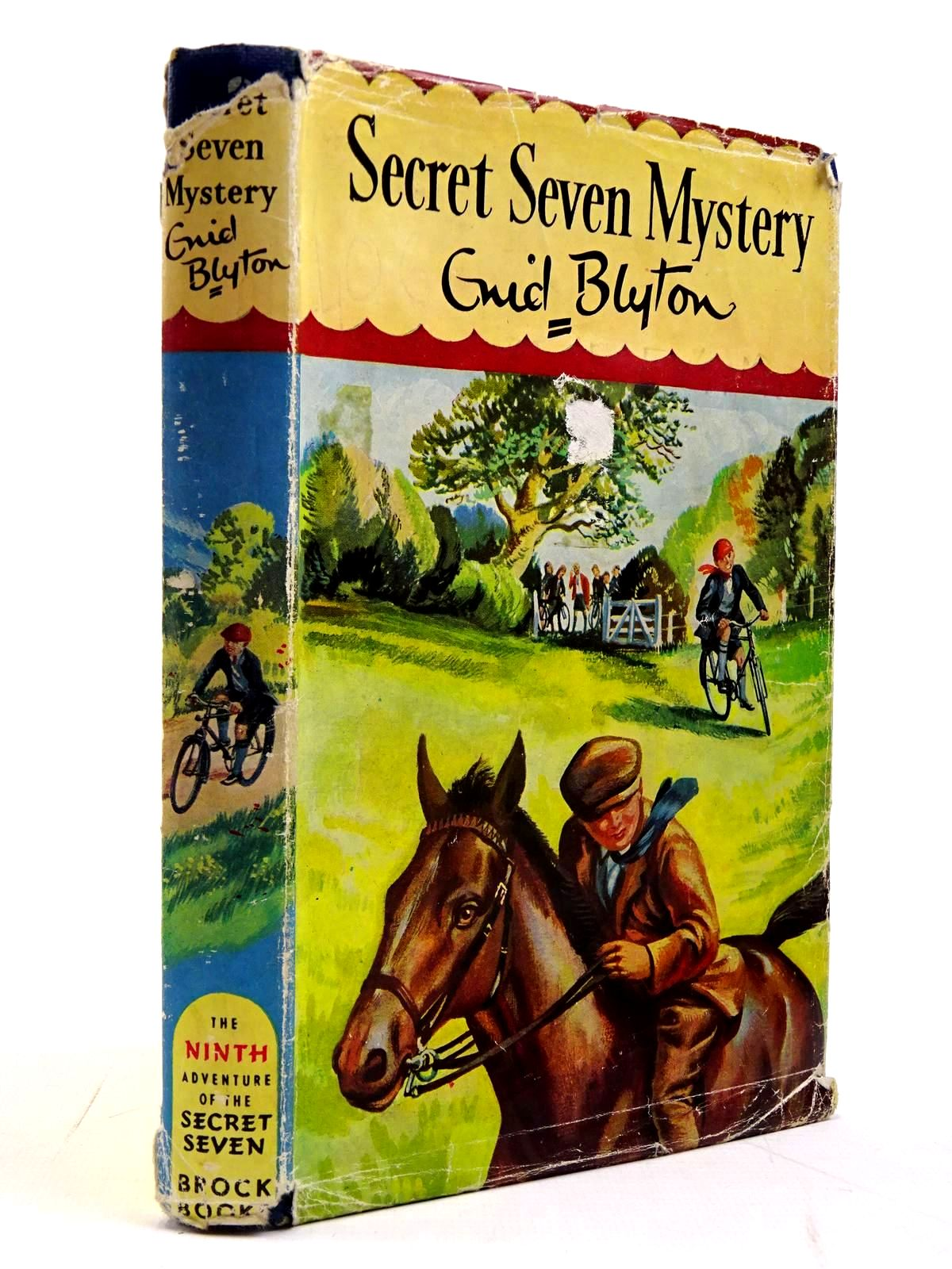 Photo of SECRET SEVEN MYSTERY written by Blyton, Enid illustrated by Sharrocks, Burgess published by Brockhampton Press (STOCK CODE: 2130663)  for sale by Stella & Rose's Books