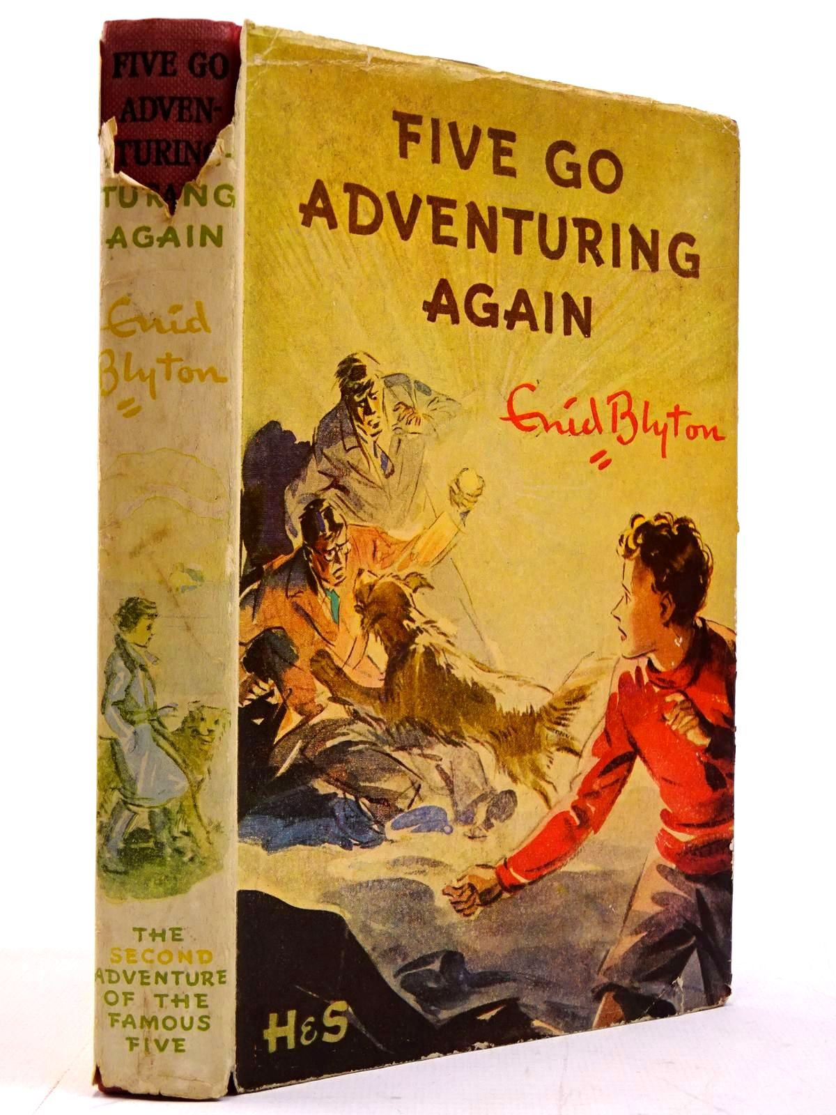 Photo of FIVE GO ADVENTURING AGAIN written by Blyton, Enid illustrated by Soper, Eileen published by Hodder & Stoughton (STOCK CODE: 2130679)  for sale by Stella & Rose's Books