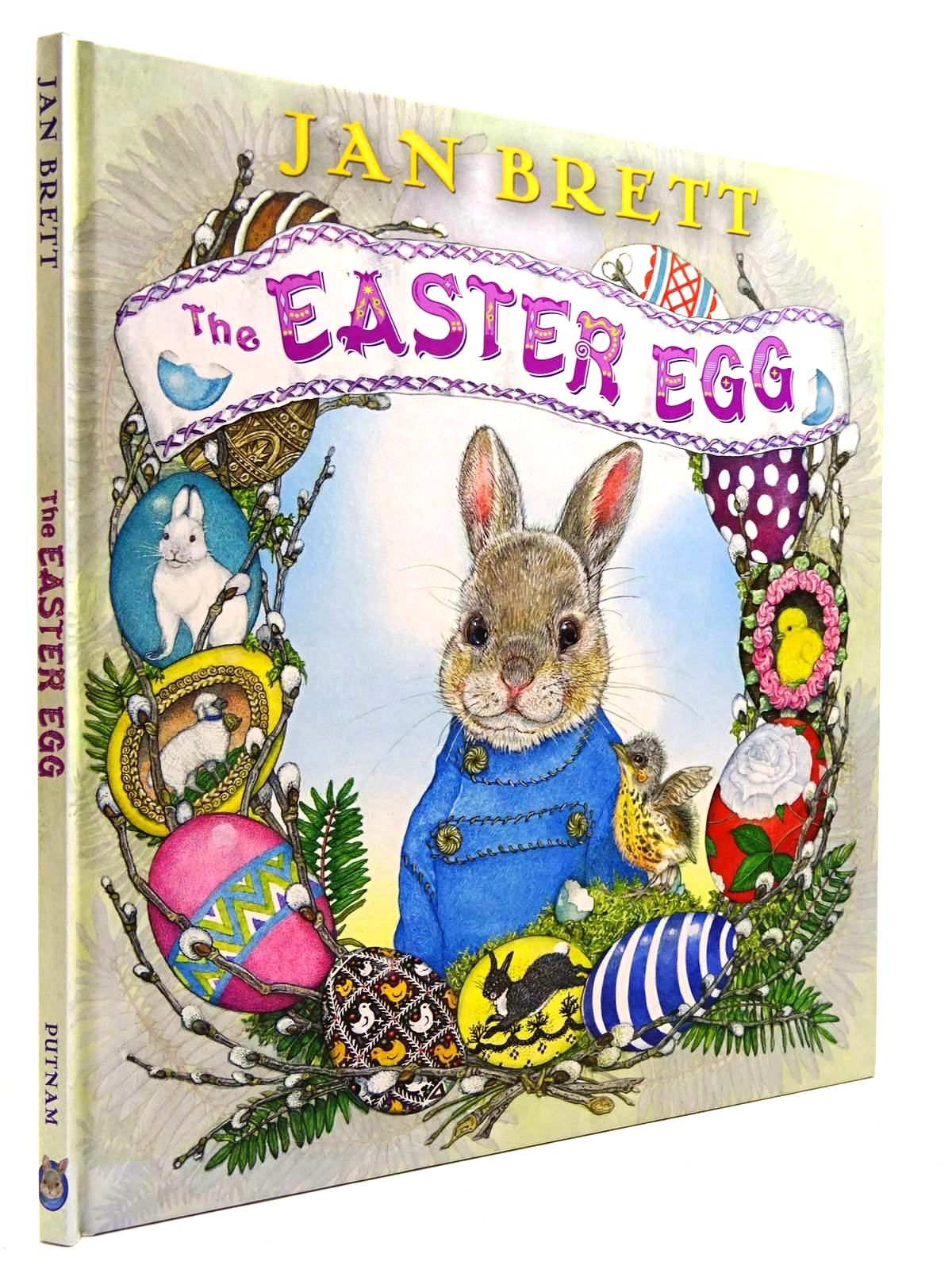 Photo of THE EASTER EGG written by Brett, Jan illustrated by Brett, Jan published by G.P. Putnam's Sons (STOCK CODE: 2130793)  for sale by Stella & Rose's Books