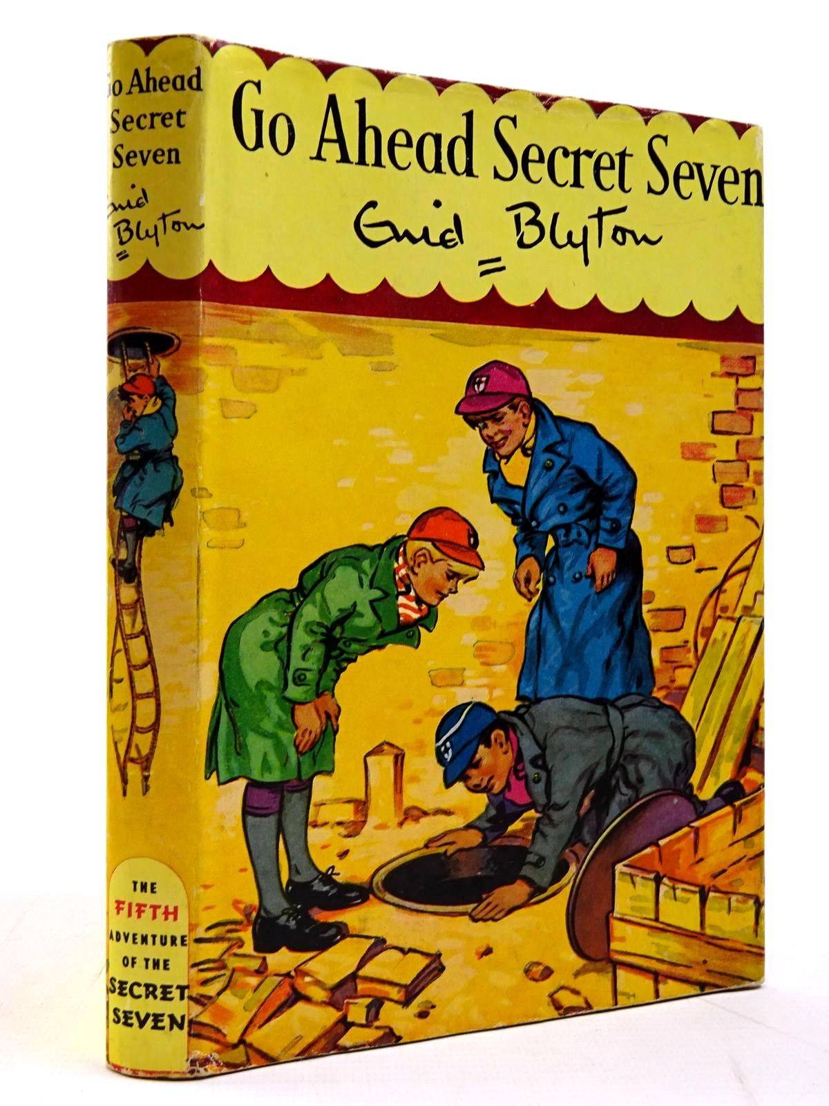 Photo of GO AHEAD SECRET SEVEN written by Blyton, Enid illustrated by Kay, Bruno published by Brockhampton Press (STOCK CODE: 2131133)  for sale by Stella & Rose's Books