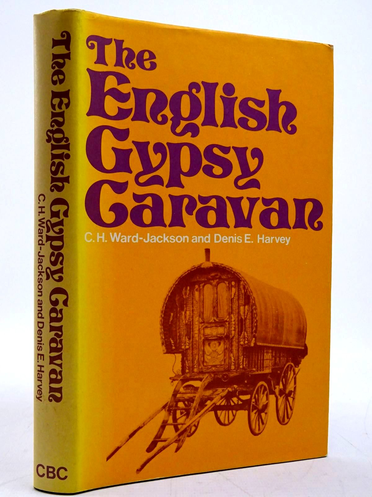 Photo of THE ENGLISH GYPSY CARAVAN written by Ward-Jackson, C.H.<br />Harvey, Denis E. illustrated by Harvey, Denis E. published by The Country Book Club (STOCK CODE: 2131266)  for sale by Stella & Rose's Books