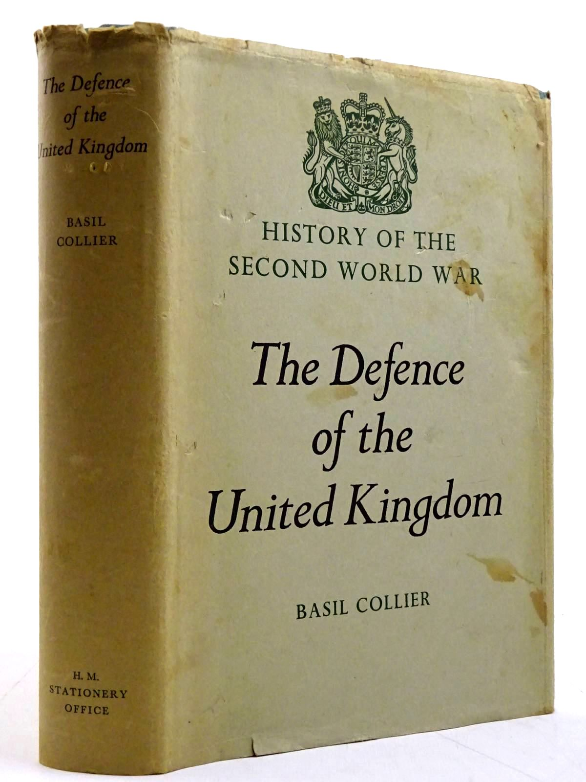 Photo of THE DEFENCE OF THE UNITED KINGDOM written by Collier, Basil published by Her Majesty's Stationery Office (STOCK CODE: 2131466)  for sale by Stella & Rose's Books