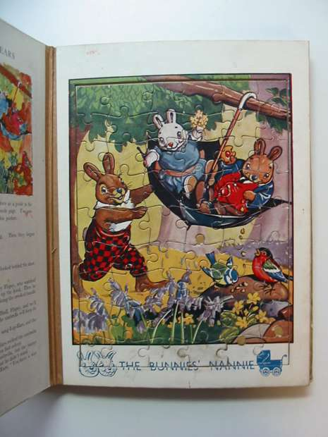Photo of ROBIN'S JIG-SAW STORY BOOK published by John Leng (STOCK CODE: 596256)  for sale by Stella & Rose's Books