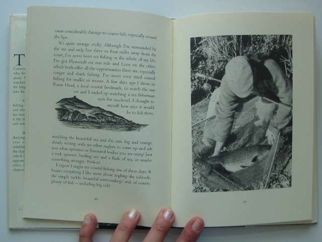 Photo of THE SPIRIT OF THE POND written by O'Reilly, Tom illustrated by O'Reilly, Tom published by The Little Egret Press (STOCK CODE: 629337)  for sale by Stella & Rose's Books