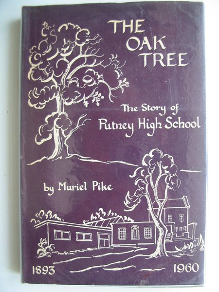 Photo of THE OAK TREE written by Pike, Muriel published by Dolphin Press (STOCK CODE: 806273)  for sale by Stella & Rose's Books