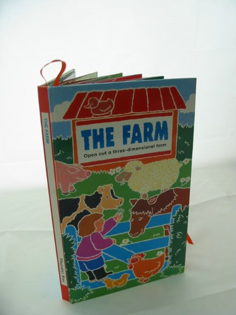 Photo of THE FARM illustrated by Henley, Claire published by Thunder Bay Press (STOCK CODE: 991141)  for sale by Stella & Rose's Books