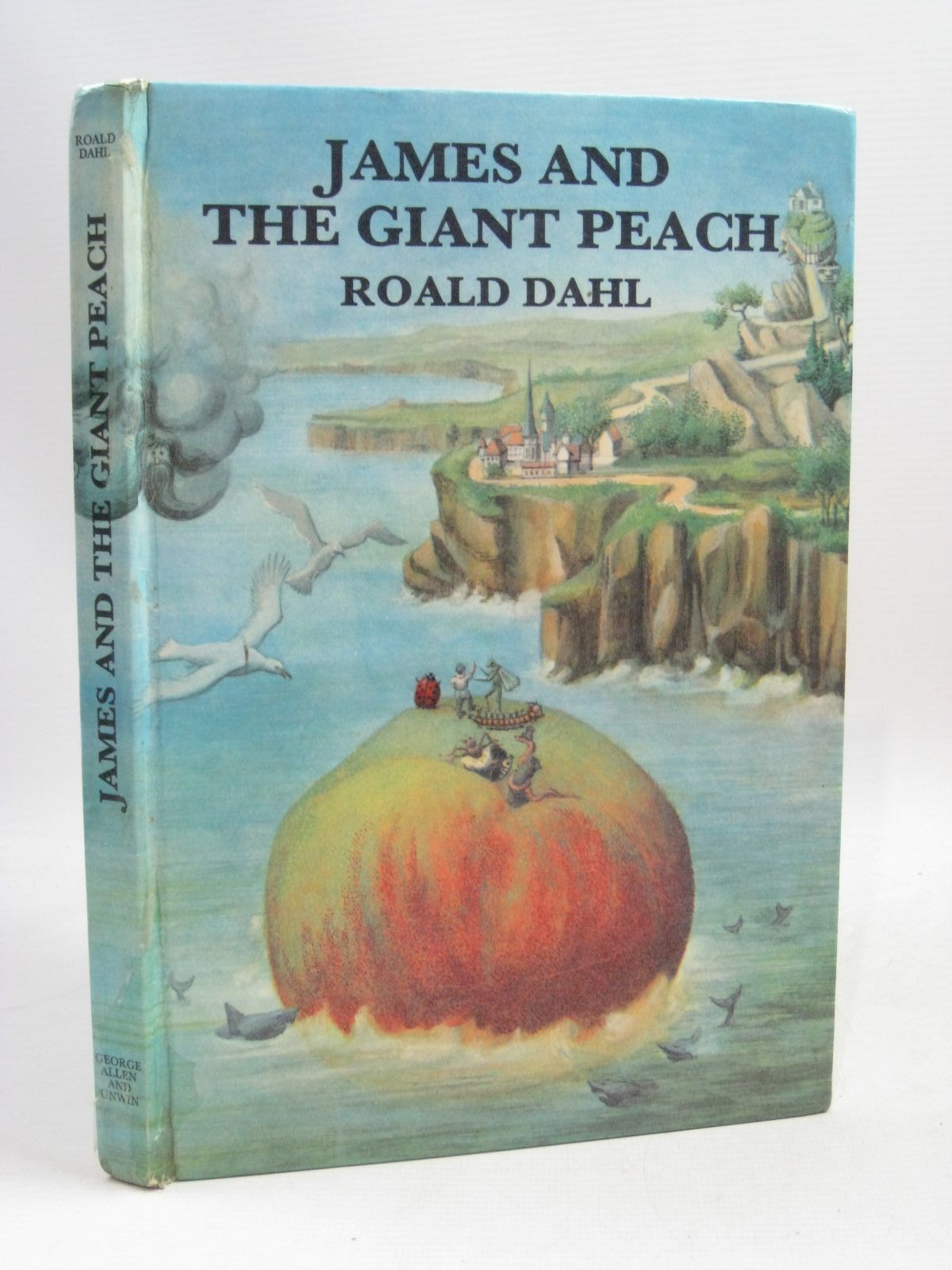 Cover of JAMES AND THE GIANT PEACH by Roald Dahl