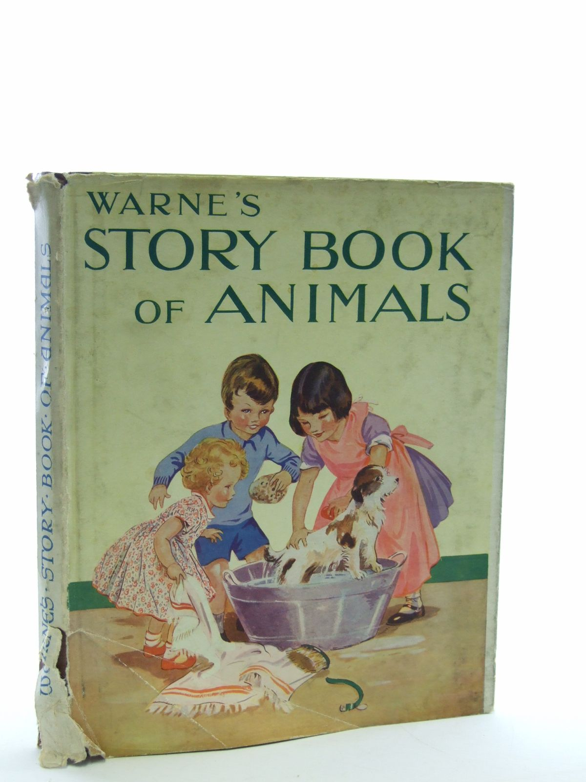 Photo of WARNE'S STORY BOOK OF ANIMALS written by Aunt Louisa,  published by Frederick Warne & Co Ltd. (STOCK CODE: 1107061)  for sale by Stella & Rose's Books