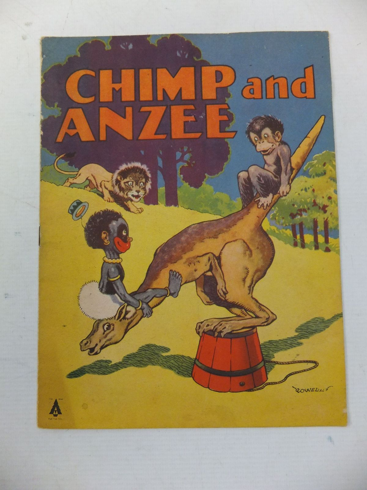 Photo of CHIMP AND ANZEE- Stock Number: 1108888