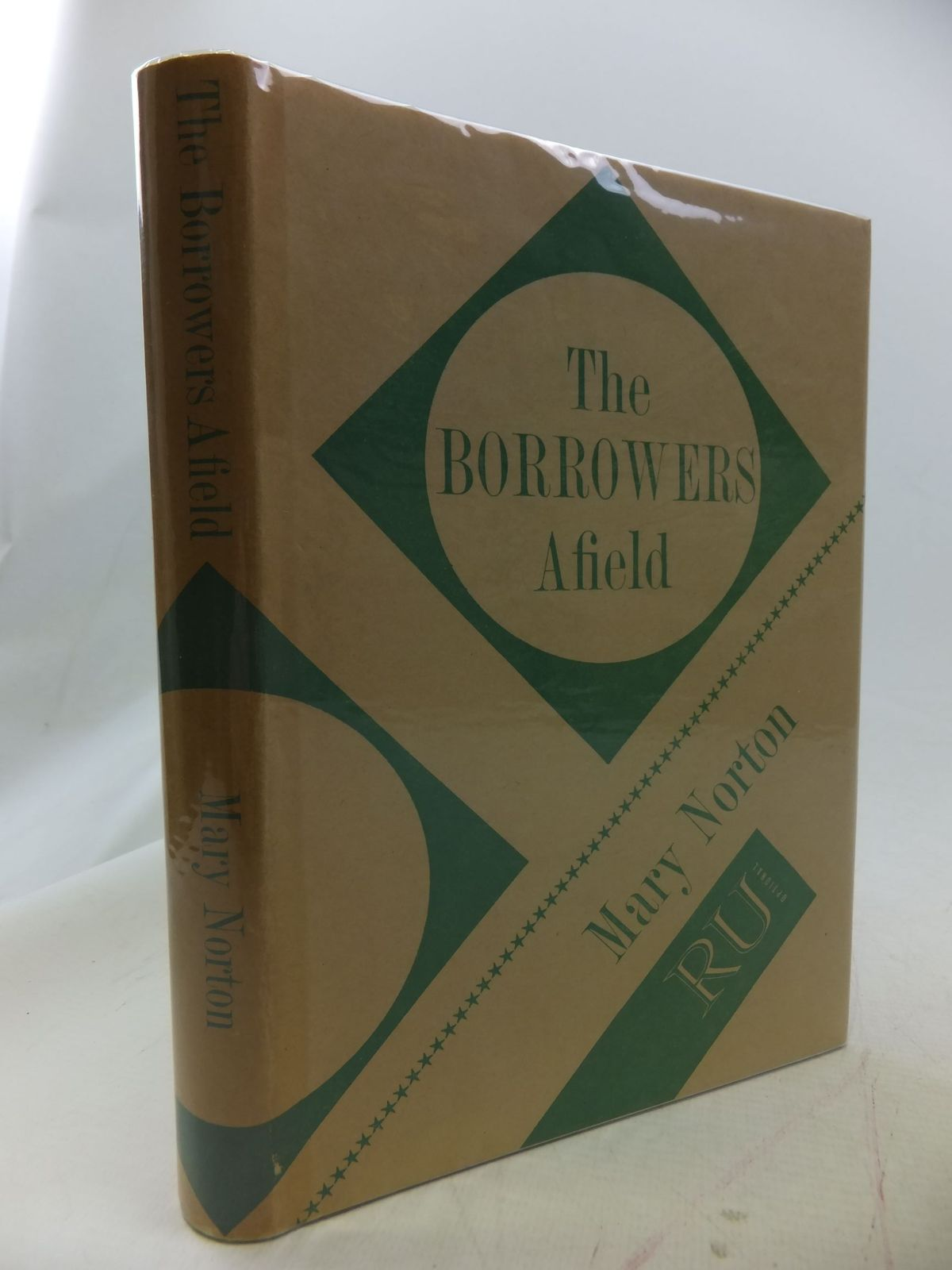 Photo of THE BORROWERS AFIELD written by Norton, Mary illustrated by Stanley, Diana published by Readers Union (STOCK CODE: 1109493)  for sale by Stella & Rose's Books