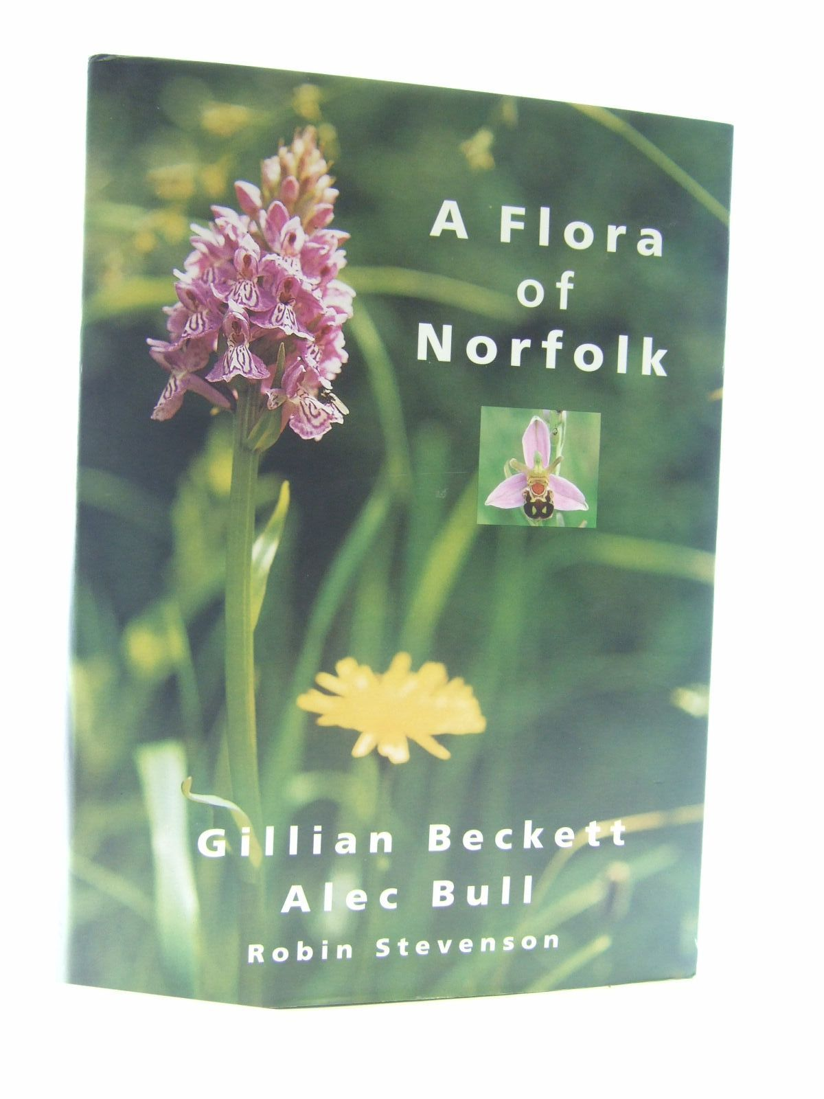 Photo of A FLORA OF NORFOLK written by Beckett, Gillian<br />Bull, Alec published by Gillian Beckett (STOCK CODE: 1206638)  for sale by Stella & Rose's Books