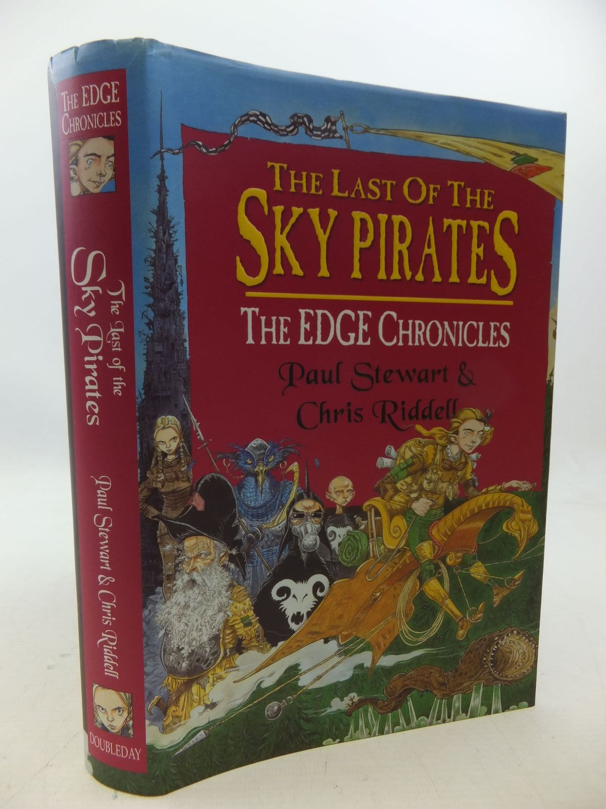 Photo of THE LAST OF THE SKY PIRATES written by Stewart, Paul illustrated by Riddell, Chris published by Doubleday (STOCK CODE: 1207924)  for sale by Stella & Rose's Books