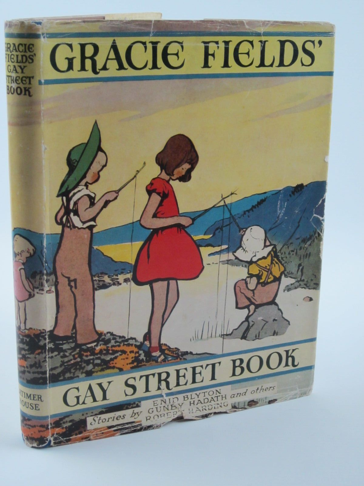 Photo of THE GRACIE FIELDS' GAY STREET BOOK- Stock Number: 1309400