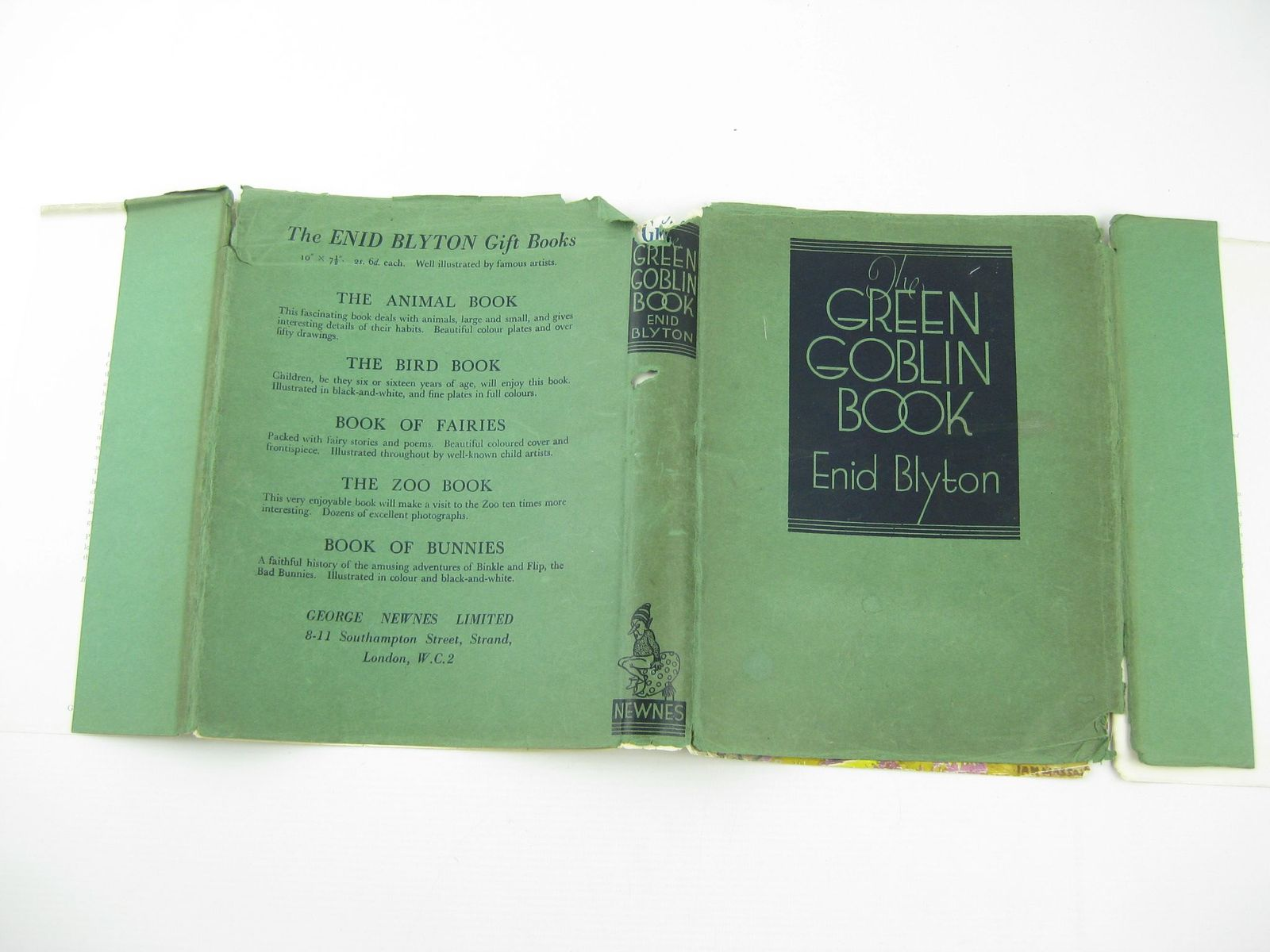 Photo of THE GREEN GOBLIN BOOK written by Blyton, Enid illustrated by Robinson, Gordon published by George Newnes Limited (STOCK CODE: 1311038)  for sale by Stella & Rose's Books