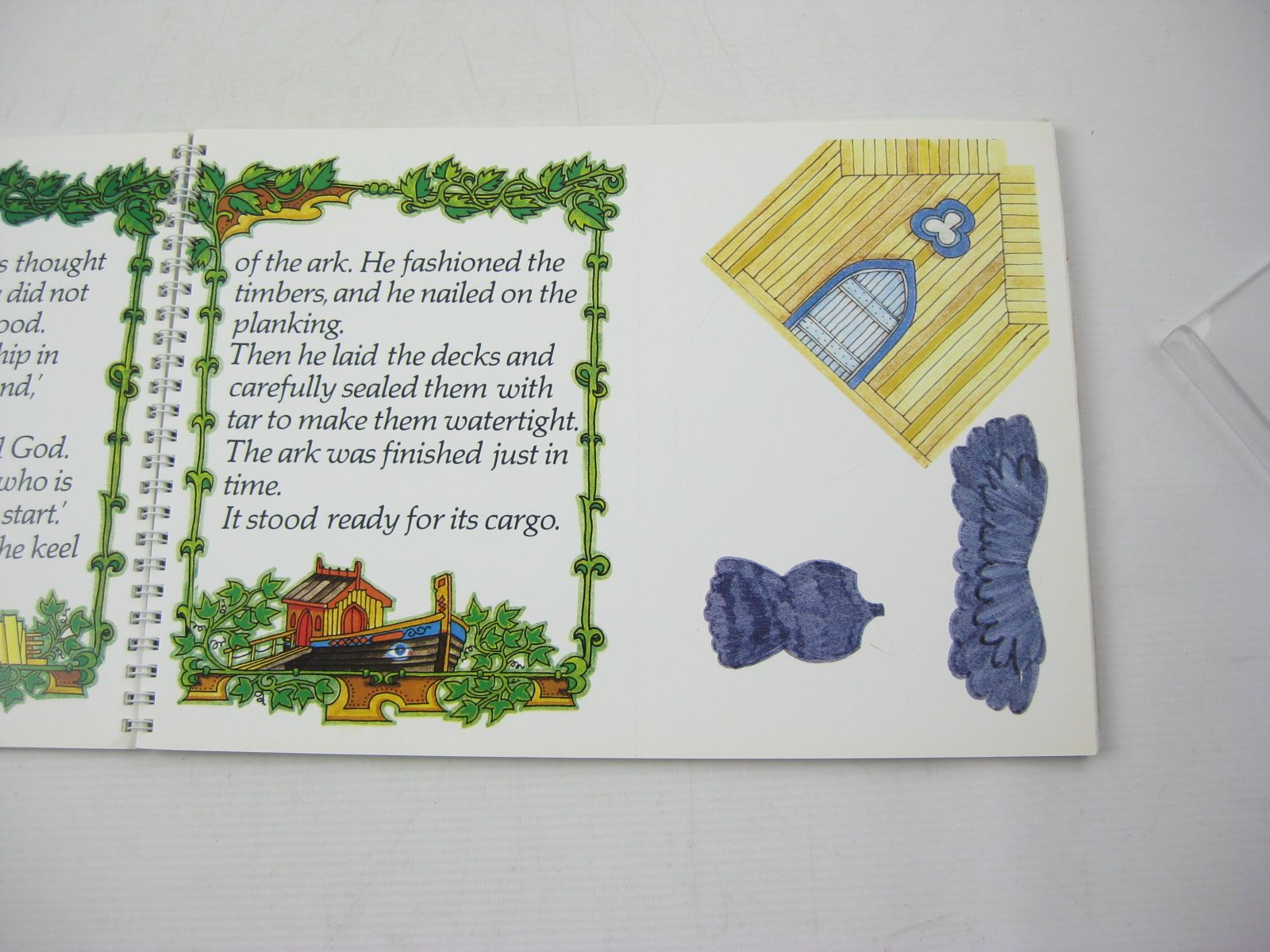 Photo of NOAH'S ARK written by Dimond, Jasper illustrated by Dimond, Jasper published by Hamish Hamilton (STOCK CODE: 1313650)  for sale by Stella & Rose's Books
