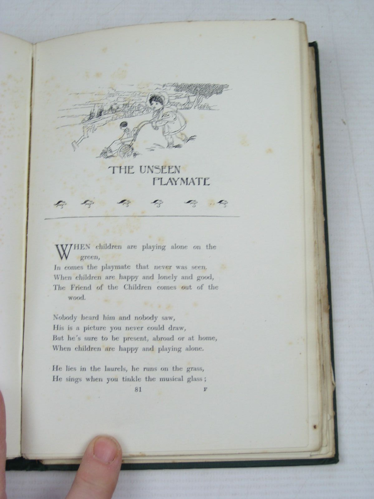 Photo of A CHILD'S GARDEN OF VERSES written by Stevenson, Robert Louis illustrated by Robinson, Charles published by John Lane The Bodley Head (STOCK CODE: 1314448)  for sale by Stella & Rose's Books