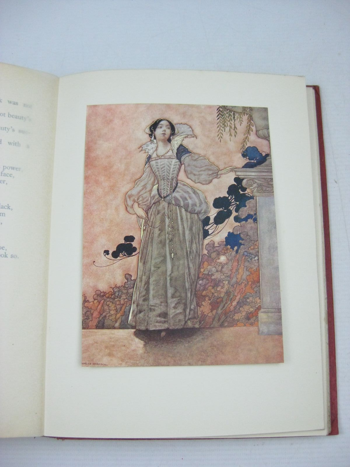 Photo of THE SONGS AND SONNETS OF WILLIAM SHAKESPEARE written by Shakespeare, William illustrated by Robinson, Charles published by Duckworth & Co. (STOCK CODE: 1314865)  for sale by Stella & Rose's Books