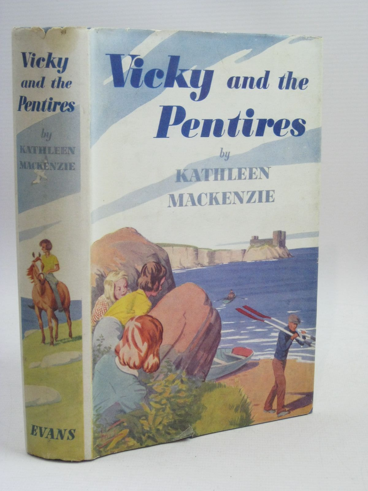 Photo of VICKY AND THE PENTIRES- Stock Number: 1315925