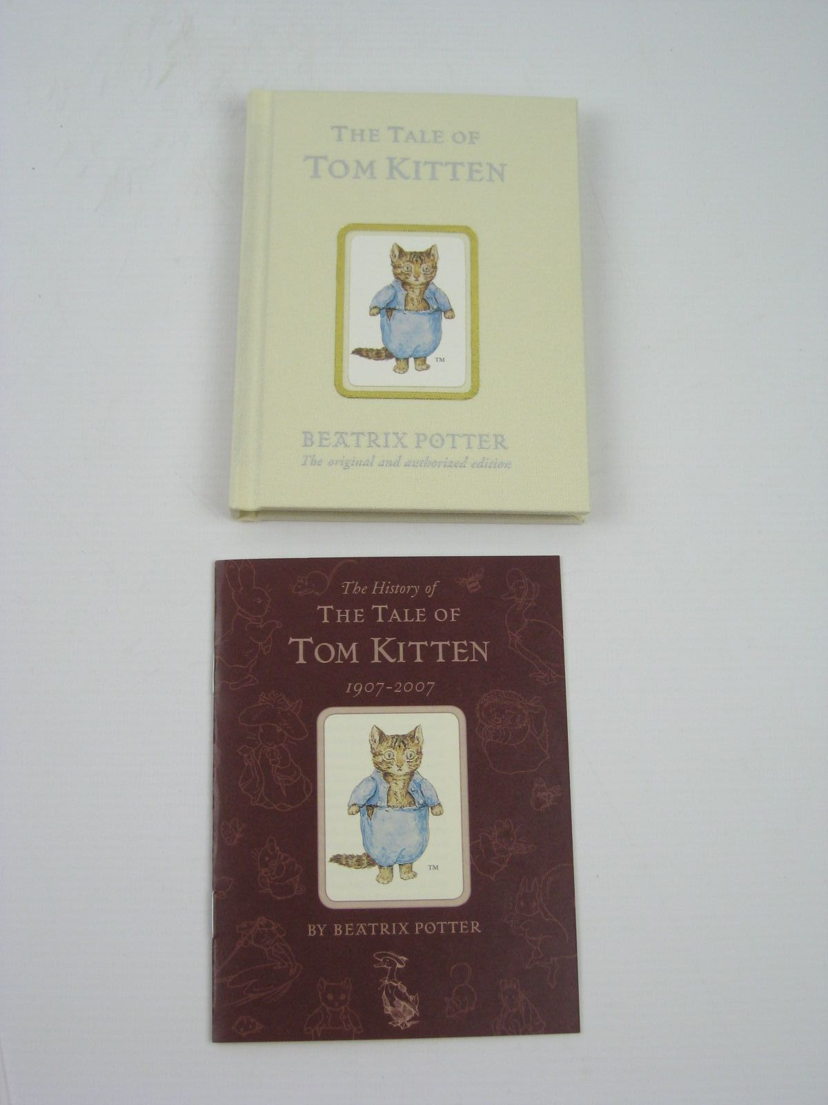 Photo of THE TALE OF TOM KITTEN written by Potter, Beatrix illustrated by Potter, Beatrix published by Frederick Warne, The Penguin Group (STOCK CODE: 1316340)  for sale by Stella & Rose's Books