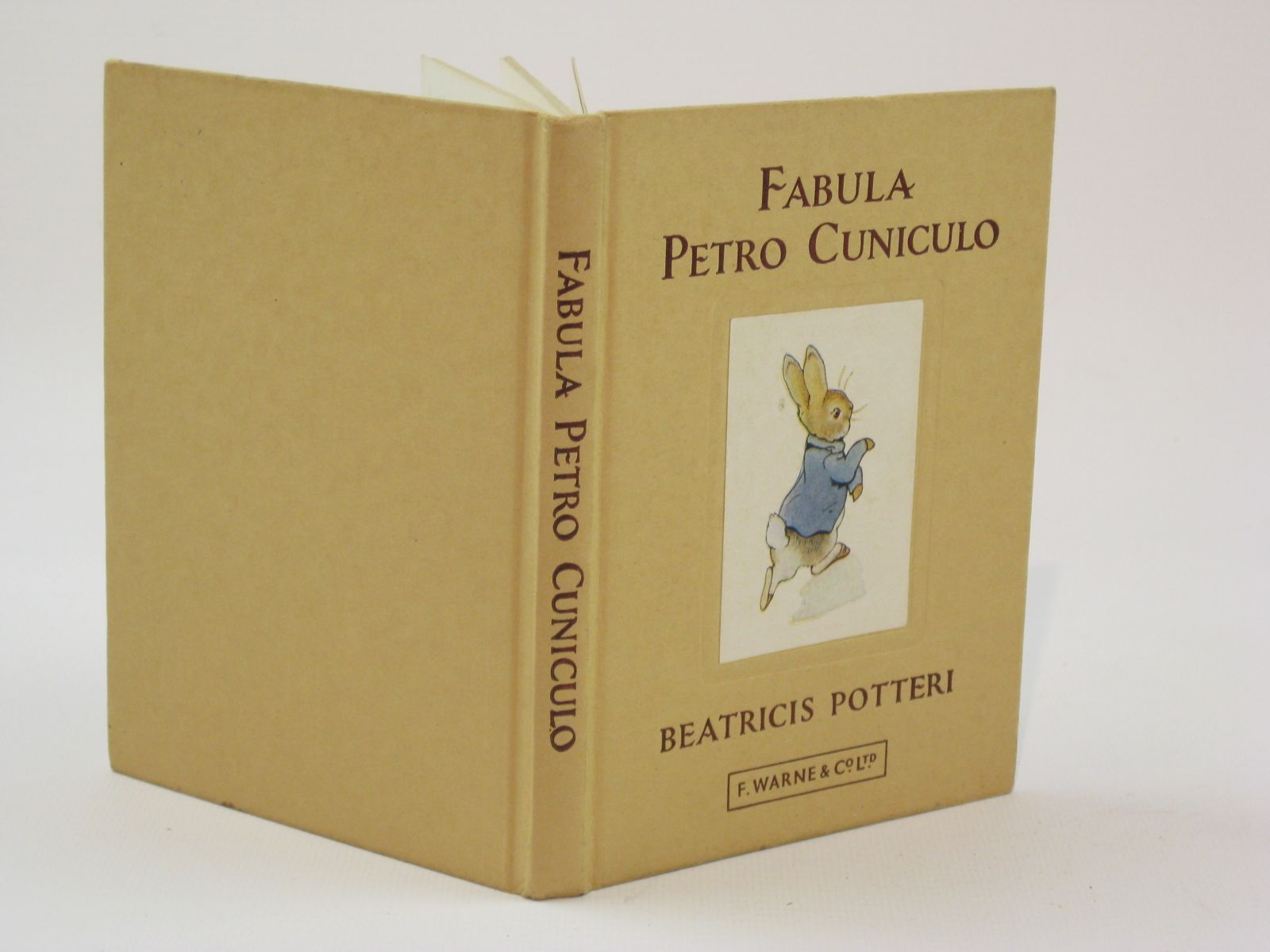 Photo of FABULA PETRO CUNICULO written by Potter, Beatrix
