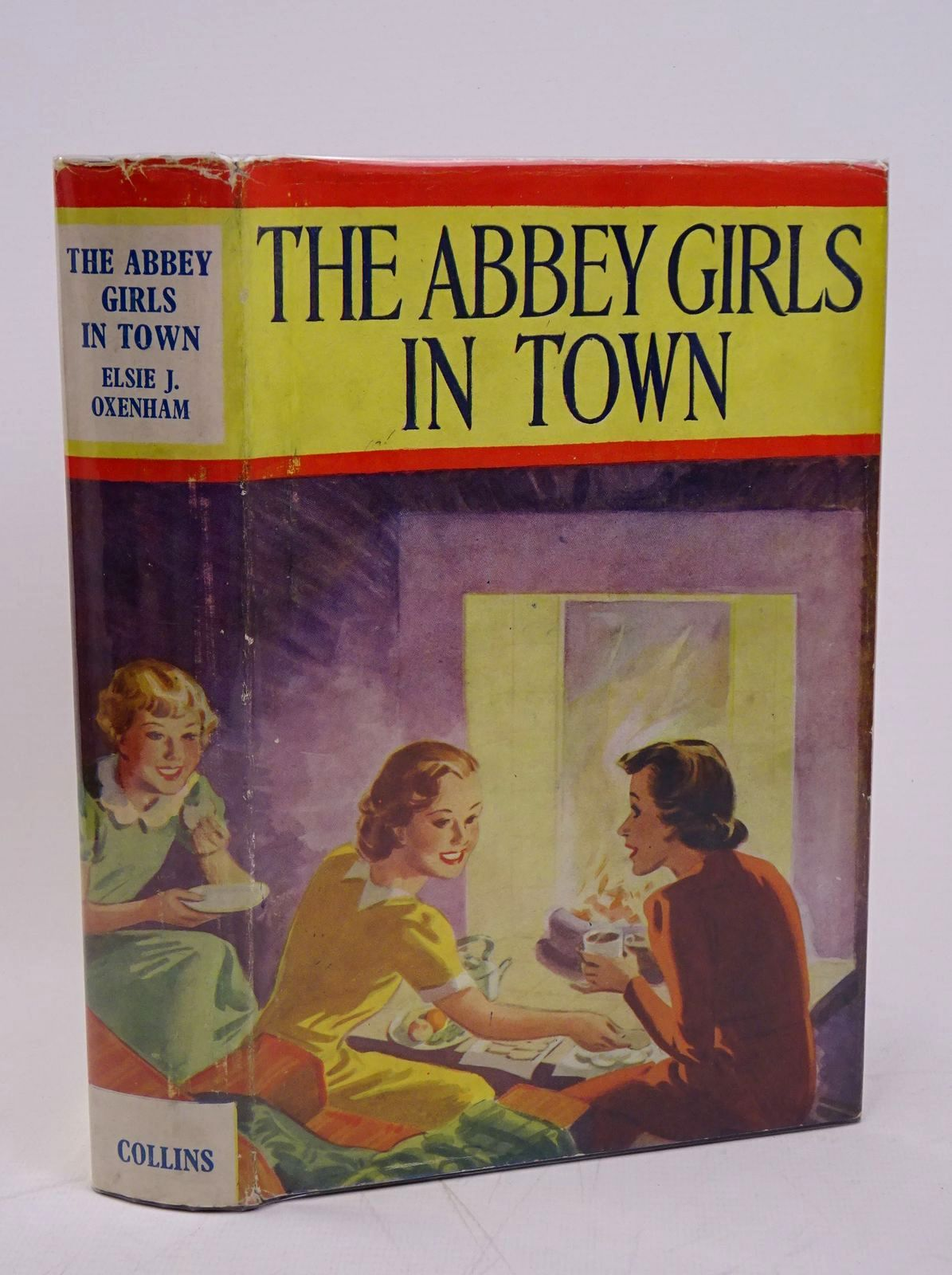 Photo of THE ABBEY GIRLS IN TOWN written by Oxenham, Elsie J. published by Collins (STOCK CODE: 1317833)  for sale by Stella & Rose's Books