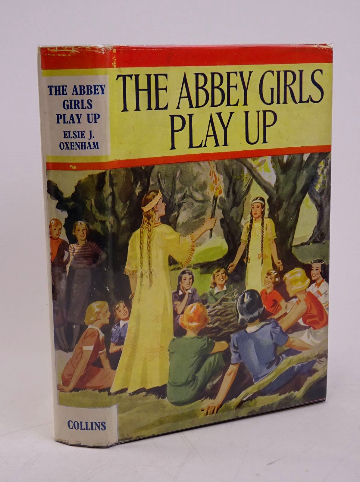 Photo of THE ABBEY GIRLS PLAY UP written by Oxenham, Elsie J. published by Collins Clear-Type Press (STOCK CODE: 1317835)  for sale by Stella & Rose's Books