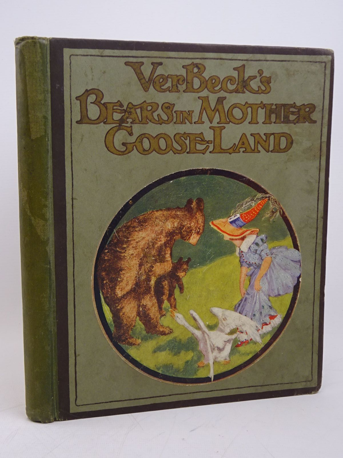 Photo of VER BECK'S BEARS IN MOTHER GOOSE LAND written by Rion, Hannah illustrated by Ver Beck, Frank published by Humphrey Milford (STOCK CODE: 1318018)  for sale by Stella & Rose's Books