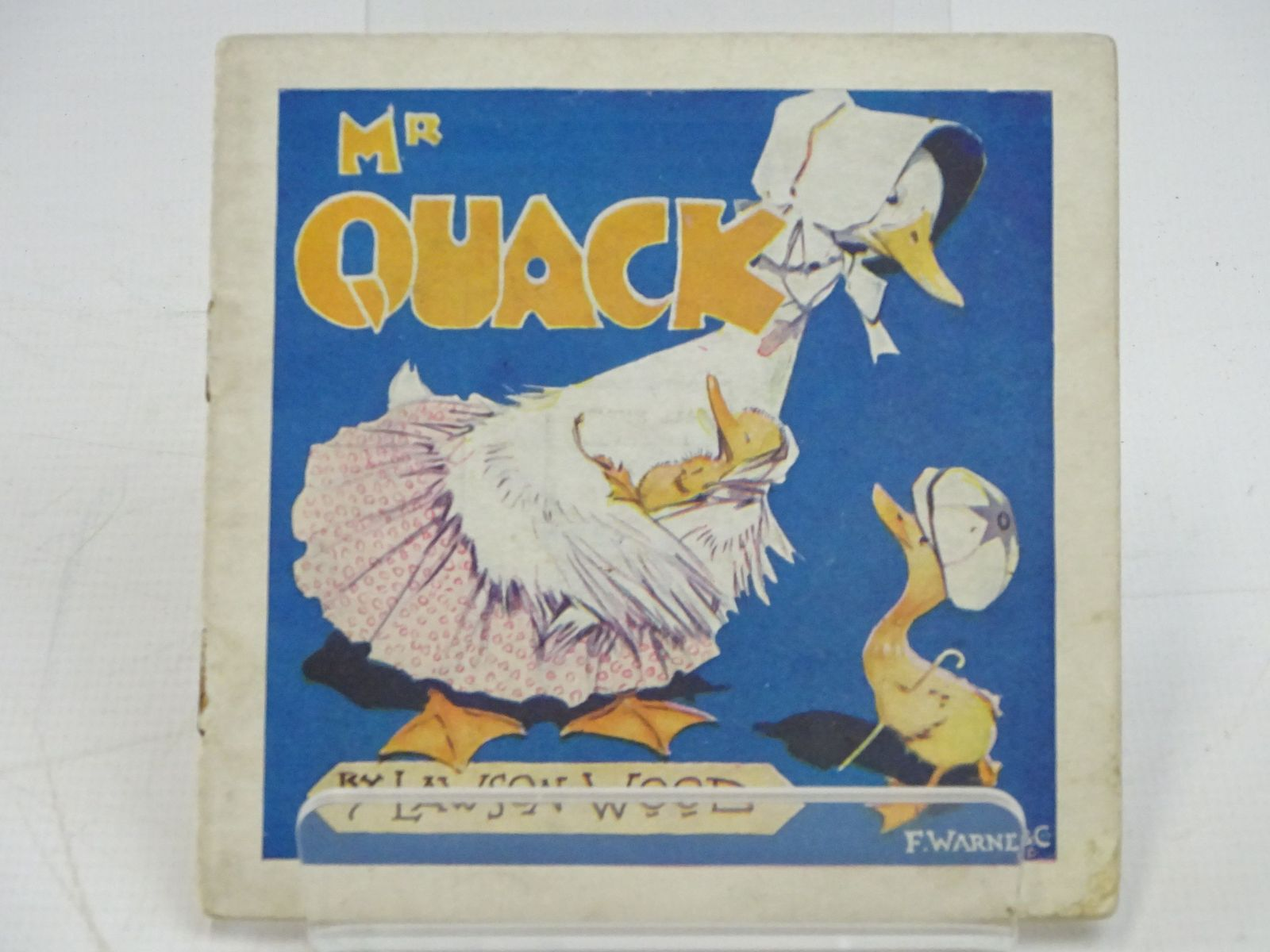 Photo of MR QUACK - HIS VOYAGE TO LONDON written by Wood, Lawson illustrated by Wood, Lawson published by F. Warne & Co. (STOCK CODE: 1318034)  for sale by Stella & Rose's Books