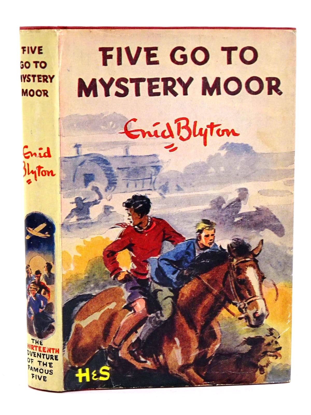 Photo of FIVE GO TO MYSTERY MOOR written by Blyton, Enid illustrated by Soper, Eileen published by Hodder & Stoughton (STOCK CODE: 1318317)  for sale by Stella & Rose's Books