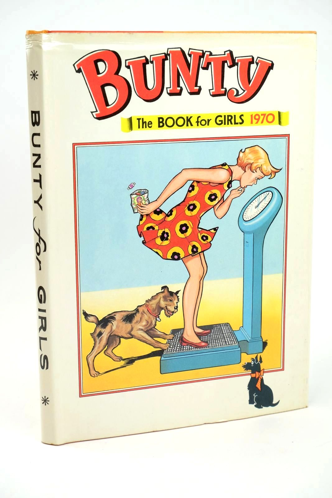 Photo of BUNTY FOR GIRLS 1970 published by D.C. Thomson & Co Ltd. (STOCK CODE: 1318508)  for sale by Stella & Rose's Books