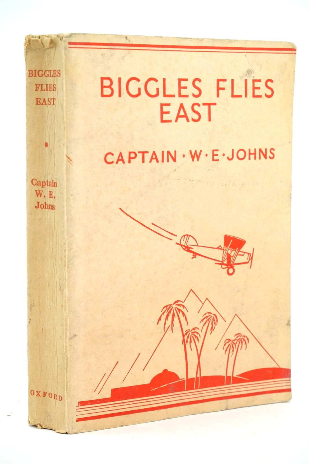 Photo of BIGGLES FLIES EAST written by Johns, W.E. illustrated by Leigh, Howard published by Oxford University Press, Humphrey Milford (STOCK CODE: 1318554)  for sale by Stella & Rose's Books