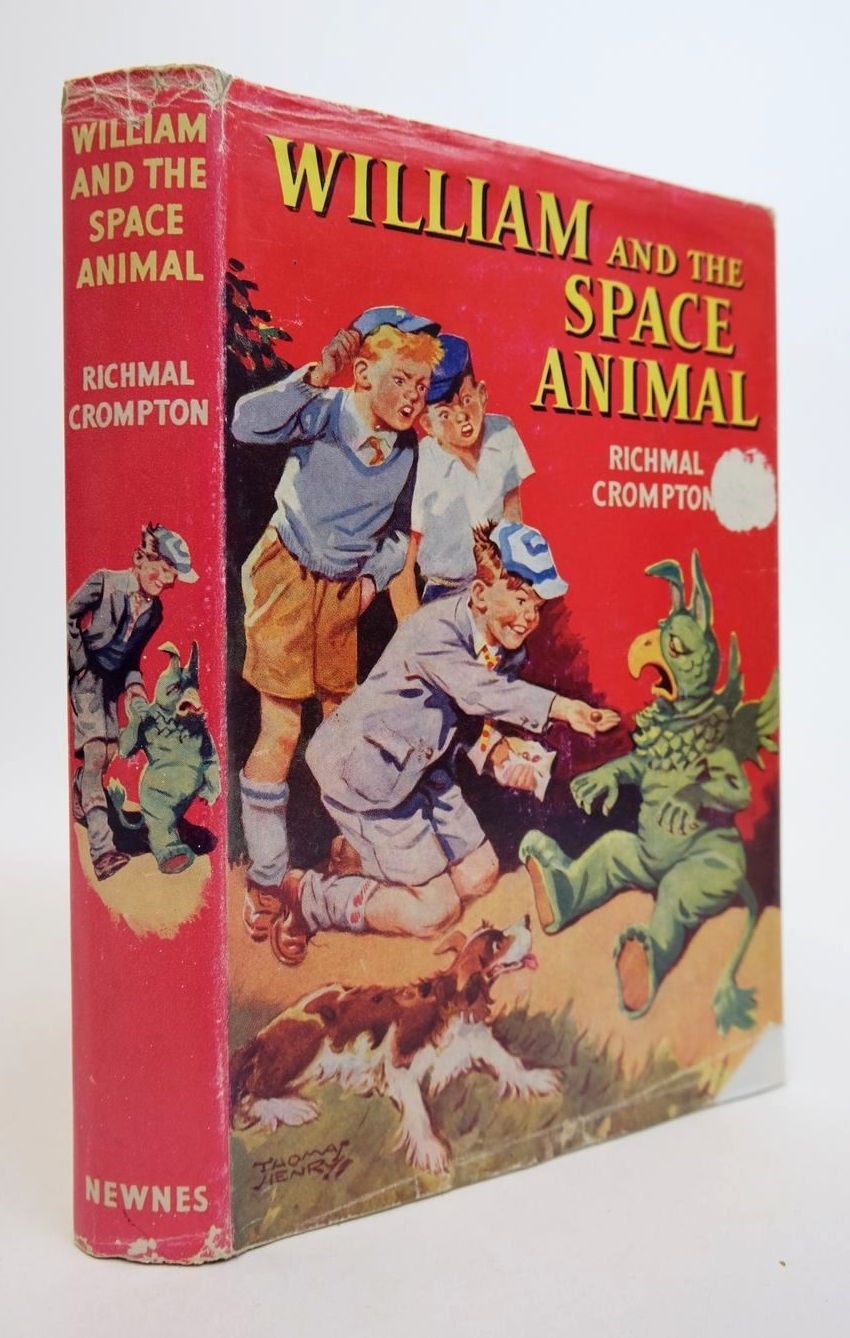 Photo of WILLIAM AND THE SPACE ANIMAL written by Crompton, Richmal illustrated by Henry, Thomas published by George Newnes (STOCK CODE: 1318706)  for sale by Stella & Rose's Books